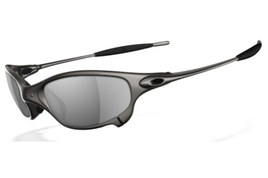 Oakley Juliet Polarized Sunglasses in Plasma Black Iridium Polarized